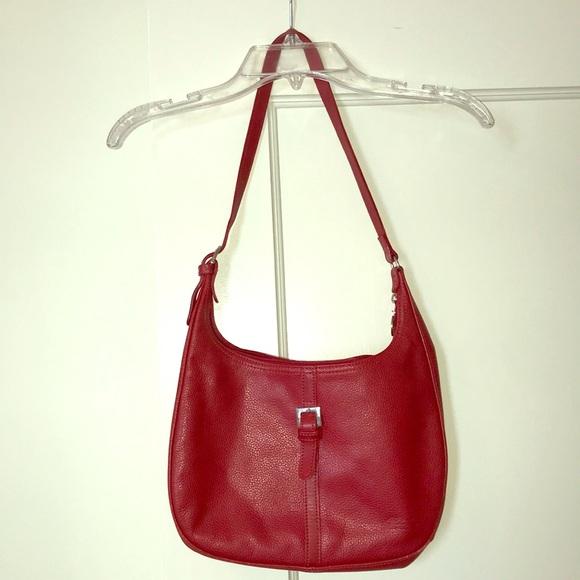Longchamp Handbags - Longchamp Leather Purse 72c65fa8ae88e